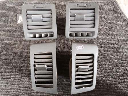 Aircond Ventilation Outlet Toyota NZE121